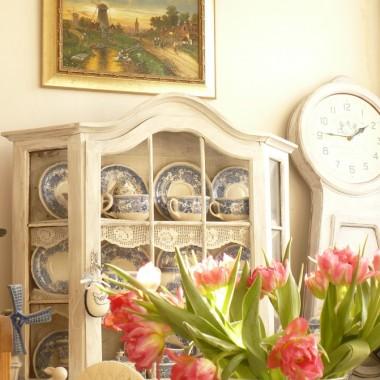 .........i bukiet tulipanów czyni wiosnę w domu................