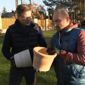 Dominik Strzelec przygotowuje do zimy ogród Filipa Chajzera