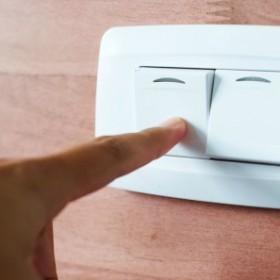 Które urządzenia zużywają najwięcej prądu i jak temu zaradzić?