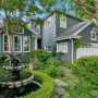 Domy sław, Kirsten Dust sprzedaje dom