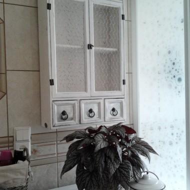 Nowa szafka w łazience..