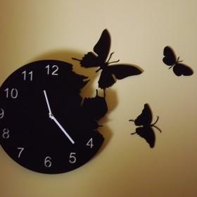 zegar motylkowy