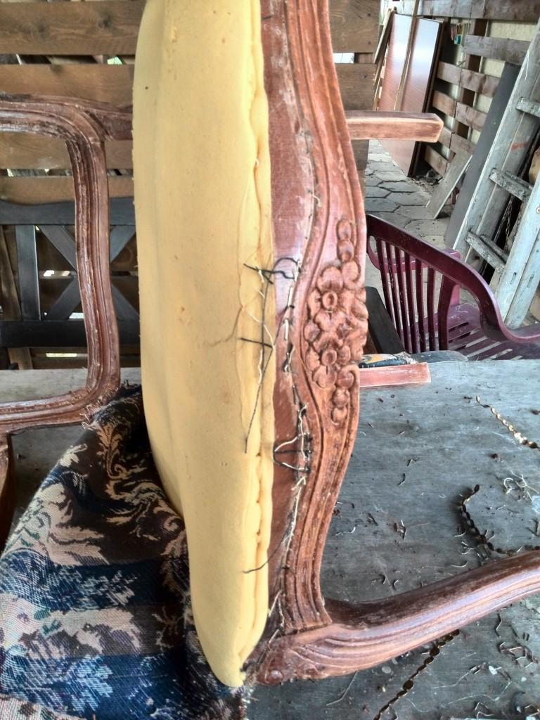 Pozostałe, Renowacja krzesla