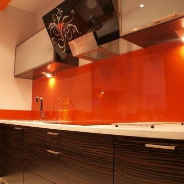 kuchnia fornirowana + łazienka