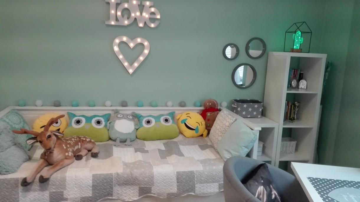 Pokój dziecięcy, Mietowy pokoj Jagodowy :)