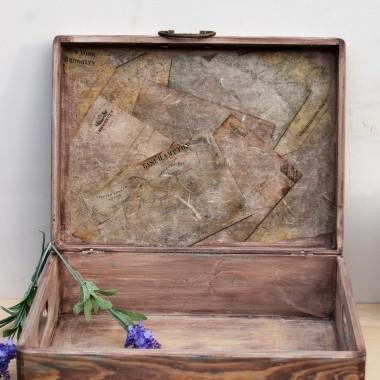 Piękne kufry na dokumenty lub drobiazgi