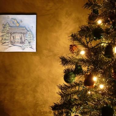 """płaskorzeźba """"Szopka bożonarodzeniowa"""" w wersji kolorowej"""