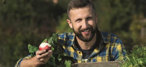 Pokochaj warzywa i owoce z własnego ogródka! Rozmawiamy z Piotrem Kucharskim