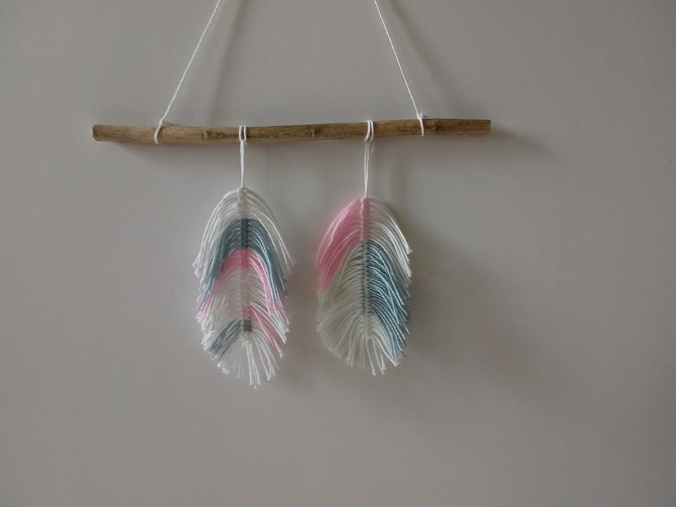 Dekoracje, pióra i ptaszki - Pastelowe piórka z bawełny
