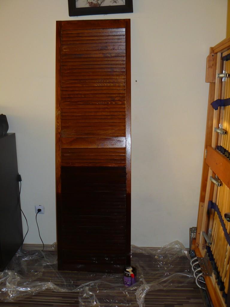 Salon, zdjęcia robocze , łóżko w szafie - pod kolor reszty mebli, to na dole malowane 2 wartwą , jeszcze 3 musi być