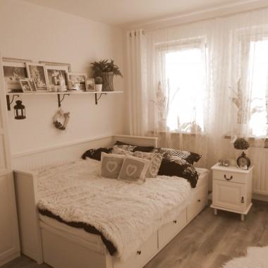 Projekt sypialnia - ciastko z kremem i puszystą pianką!:)