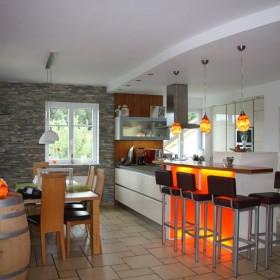 Mieszkanie z lampami Mdina Glass
