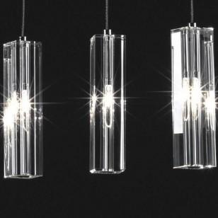 lampy z kryształkami w salonie