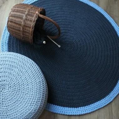 Dywan okrągły bawełniany niebieskihttp://bogatewnetrza.pl/pl/p/Dywan-okragly-recznie-robiony-dwa-kolory/1171