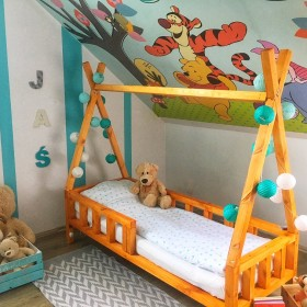 Łóżczeczko Domek DIY