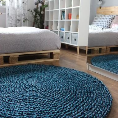 Już jakiś czas temu powstał kolejny dywan - niebieski!Letni, świeży :)Przypominam, że wszystkie dywany wykonuję na indywidualne zamówienia.Dla ciekawych: www.picassa-design.blogspot.comwww.instagram.com/picassa.designwww.facebook.com/PicassaDesignZapraszam!