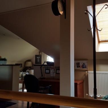 Mini Salonik ...w wersji gdy słoneczko zagląda do mini okna....Zapraszam!!!!