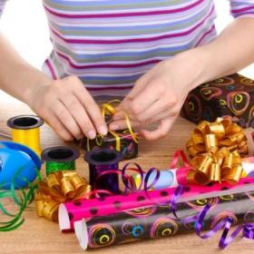 Jak zapakować prezent na mikołajki i pod choinkę?