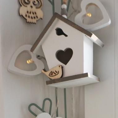 Maleńki domek dla ptaków