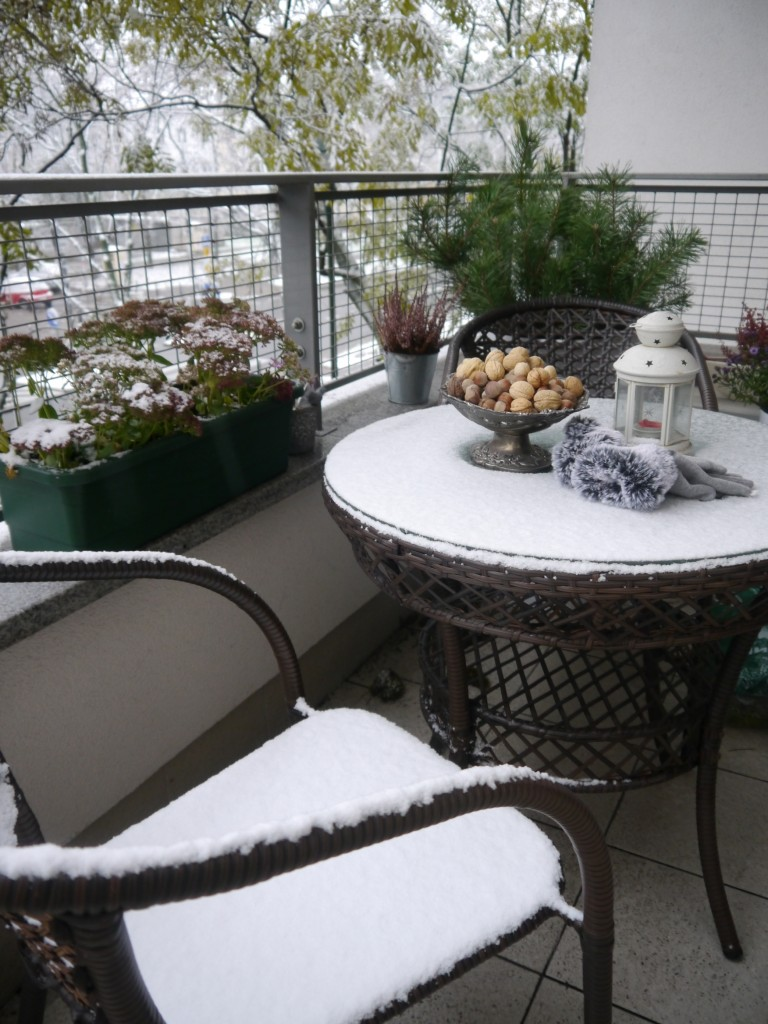 Balkon, Listopadowe zmiany - i zrobiło się biało