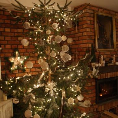 Drzewko bożonarodzeniowe czas ubrać
