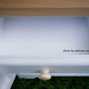 Wodniarki znane są chyba najbardziej na Śląsku - to genialny mebel z domów naszych babć służący im głównie jako toaleta &#x3B;) Po małej zmianie może zmieniać swoje przeznaczenie:)