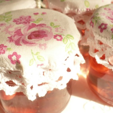 ..............i róże na kapturkach...............
