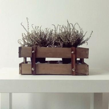 DIY mała skrzyneczka na kwiaty