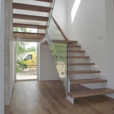 schody nowoczesne. Legar