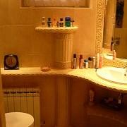 W związku z prośbami przekazywanymi na mail niebawem zamieszczę kolejne fotki realizacji łazienek z  tego typu płytek.