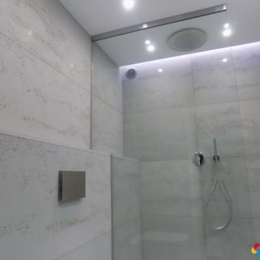 Minimalizm w łazience z betonem architektonicznym Luxum bez szkodliwych sztucznych włókien