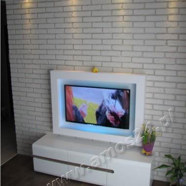 Imitacja starej cegły, biała ściana z cegły