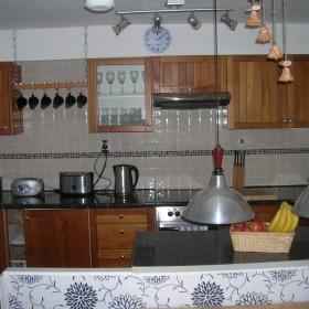 Stare meble kuchenne przed malowaniem