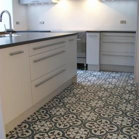 Aranżacje płytek cementowych w kuchni