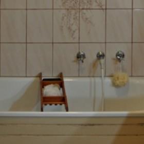 Po 25 latach łazienka prosiła się o remont. Zmiany zachwycają!