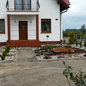 Ogródek przed domem