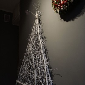 Początki dekoracji świątecznej...