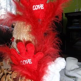 Przymiarki do dekoracji na Walentynki...
