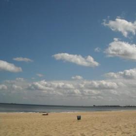 Wrześniowa plaża...................