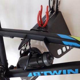 Nowoczesny wieszak uchwyt hak na rower i narzędzia