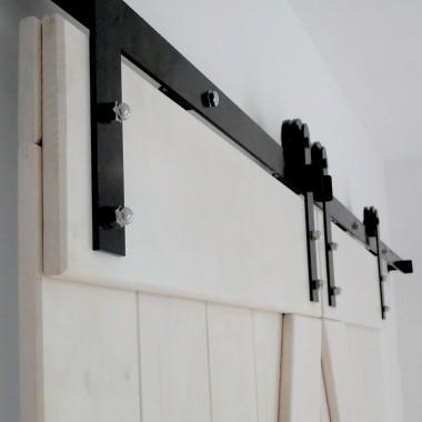 Drzwi przesuwne rustykalne, akcesoria industrialne