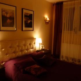 Sypialnia wieczorowo