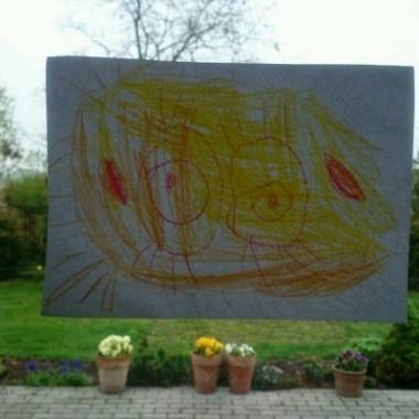 ...teraz nawet w niepogodę u mnie słonecznie &#x3B;))) rysunek od kilkuletniej bratanicy :)