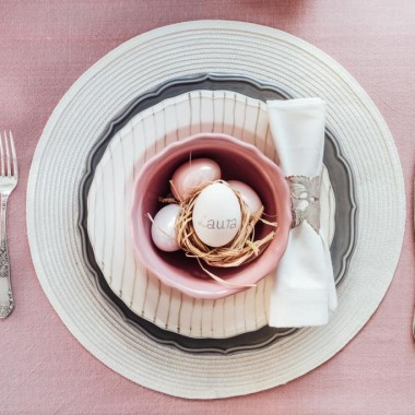 Srebrne dekoracje stołu