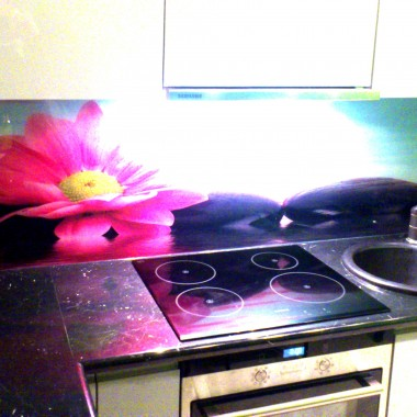 szklane panele kuchenne, szkło w kuchni, backsplash.pl, szyby dekoracyjne, panele szklane