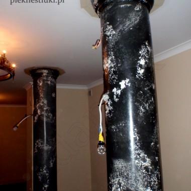 """Zamieniam ściany,kolumny... w marmury,onyksy inne kamienie ... bez dodatkowych obciążeń stropów!www.pieknestiuki.pl    """"Dawne i nowe techniki zdobienia ścian""""  Nowatorskie,pionierskie technologieOferuję szeroką gamę rozmaitych aplikacji i materiałów dekoracyjnych m.in:-autorską technikę marmoryzacji stiukiem nawet skomplikowanych powierzchni np.głowice kolumn.Wzory i efekty nieosiągalne innymi metodami.-innowacyjną technologię dekoracji obejmującą materiał i sposób aplikacji.Stosuję wyłącznie produkty naturalne,ekologiczne przygotowywane i barwione  u klienta przez co uzyskuję jedyny,niepowtarzalny charakter dekoracji.Testując produkty wiodących firm polskich i zagranicznych polecam najnowsze trendy i aranżacje..Długoletnia praktyka w kraju i za granicą.Certyfikaty.Zapraszam do obejrzenia mojej wystawy Galerii Sztuki Współczesnej ARTeria witryny okien """"Jantar Building"""" ul.Dąbrowskiego 7 w Częstochowie.Najlepszą rekomendacją niech będzie to,iż organizatorzy UEFA EURO 2"""