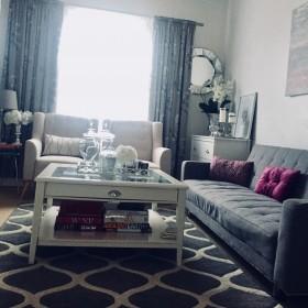 Pokój gościnny w szarościach