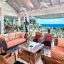 Domy sław, Cliff Richard sprzedaje posiadłość na Barbadosie - 79-letni Sir Cliff kupił zaciszną działkę 20 lat temu. Przez kilka lat na czas wakacji odnajmował ją rodzinie premiera Tony'ego Blaira.  IMP FEATURES/East News