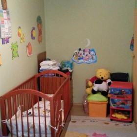 Pokój dla 3,5 latka i noworodka.