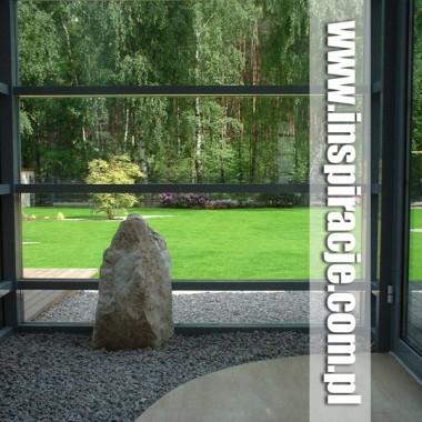 1. Ogród nowoczesny w Hornówku - www.inspiracje.com.pl